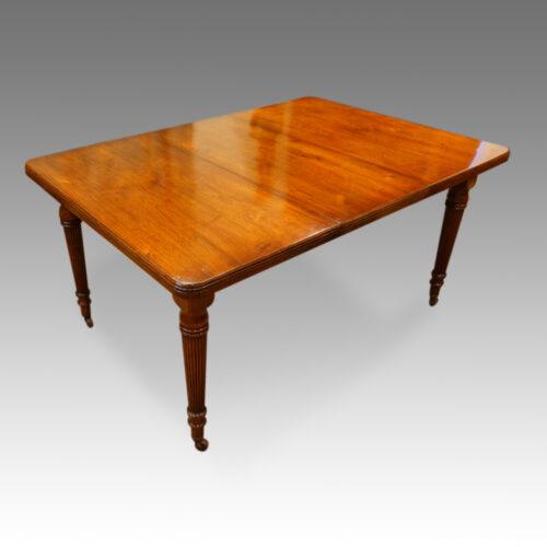 Edwardian walnut dining table