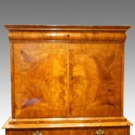 Queen Anne walnut fitted cabinet,5