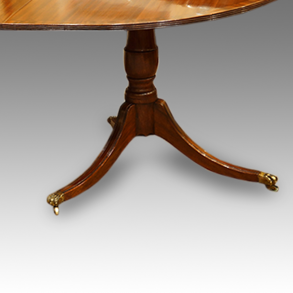 12 seat mahogany 3 pillar dining table now sold for 12 seat dinning table