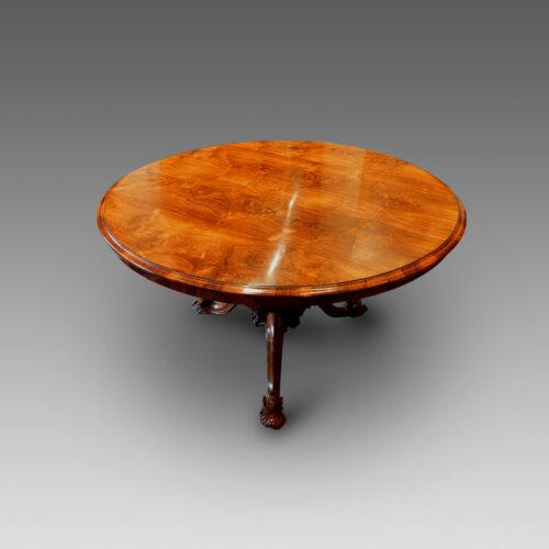 Victorian rosewood circular dining table,top