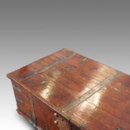 Large Antique Colonial hardwood coffee table trunk