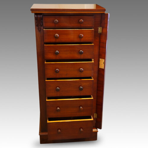 Victorian mahogany Wellington chest locking bar