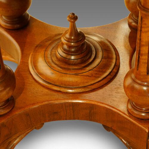 Victorian walnut oval loo table