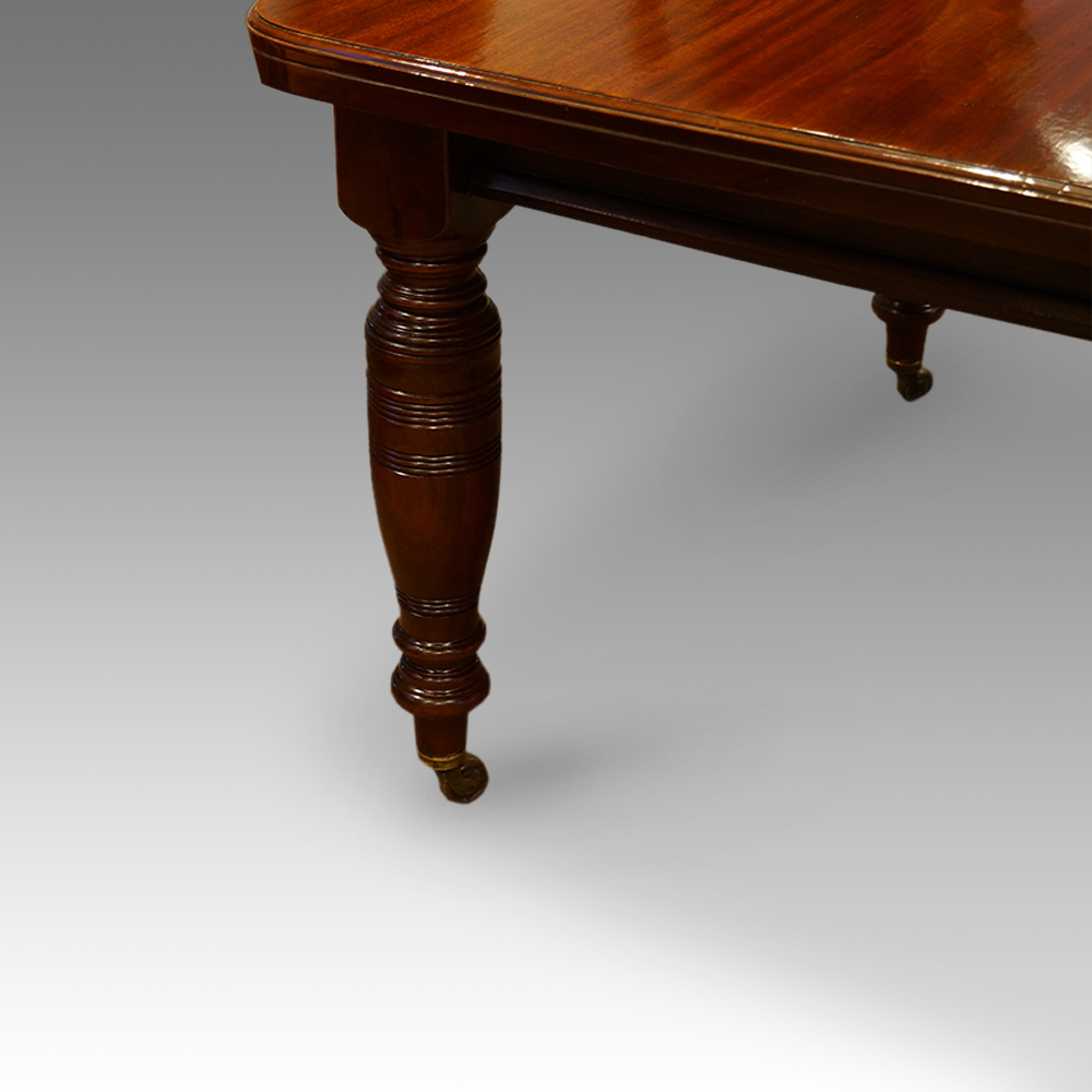 Victorian mahogany extending dining table circa 1880  : Victorian mahogany extending dining table circa 18803 from www.hingstons-antiques.co.uk size 1000 x 1000 jpeg 244kB