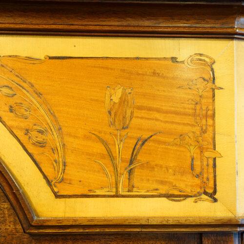 Art Nouveau tulip inlay