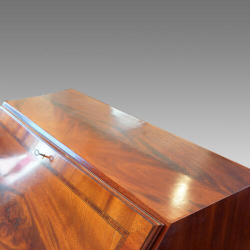 Edwardian mahogany bureau detail top