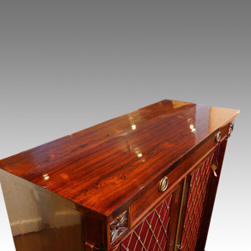 William IV rosewood side cabinet with one drawer top view