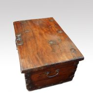 Antique Colonial trunk with iron lock plate top