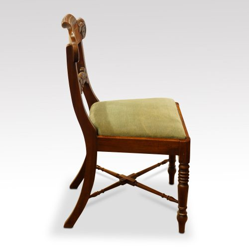Set of 8 William IV mahogany dining chairs side
