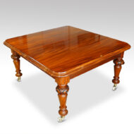 Victorian mahogany extending dining table with 2 leaf inserts, closed without its leaves