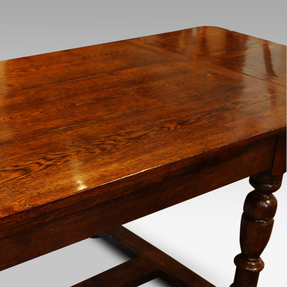 We Make Fine Oak Refectory Dining Tables To Suit Your