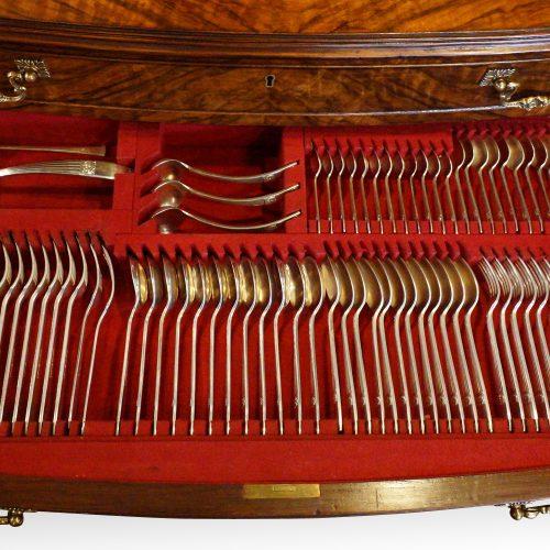 Walnut 12 sitting canteen of cutlery detail drawer