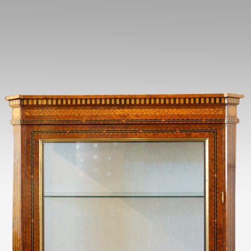 Continental amboyna inlaid display cabinet top