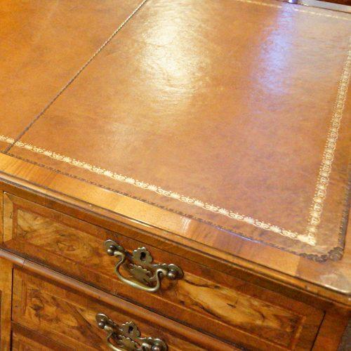 Georgian style walnut pedestal desk leather top