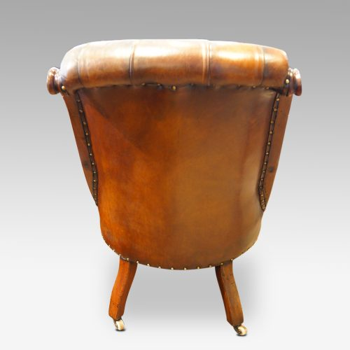 Victorian buttonback leather reading chair rear