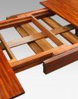 19thc. mahogany fluted leg extending dining table mechanism