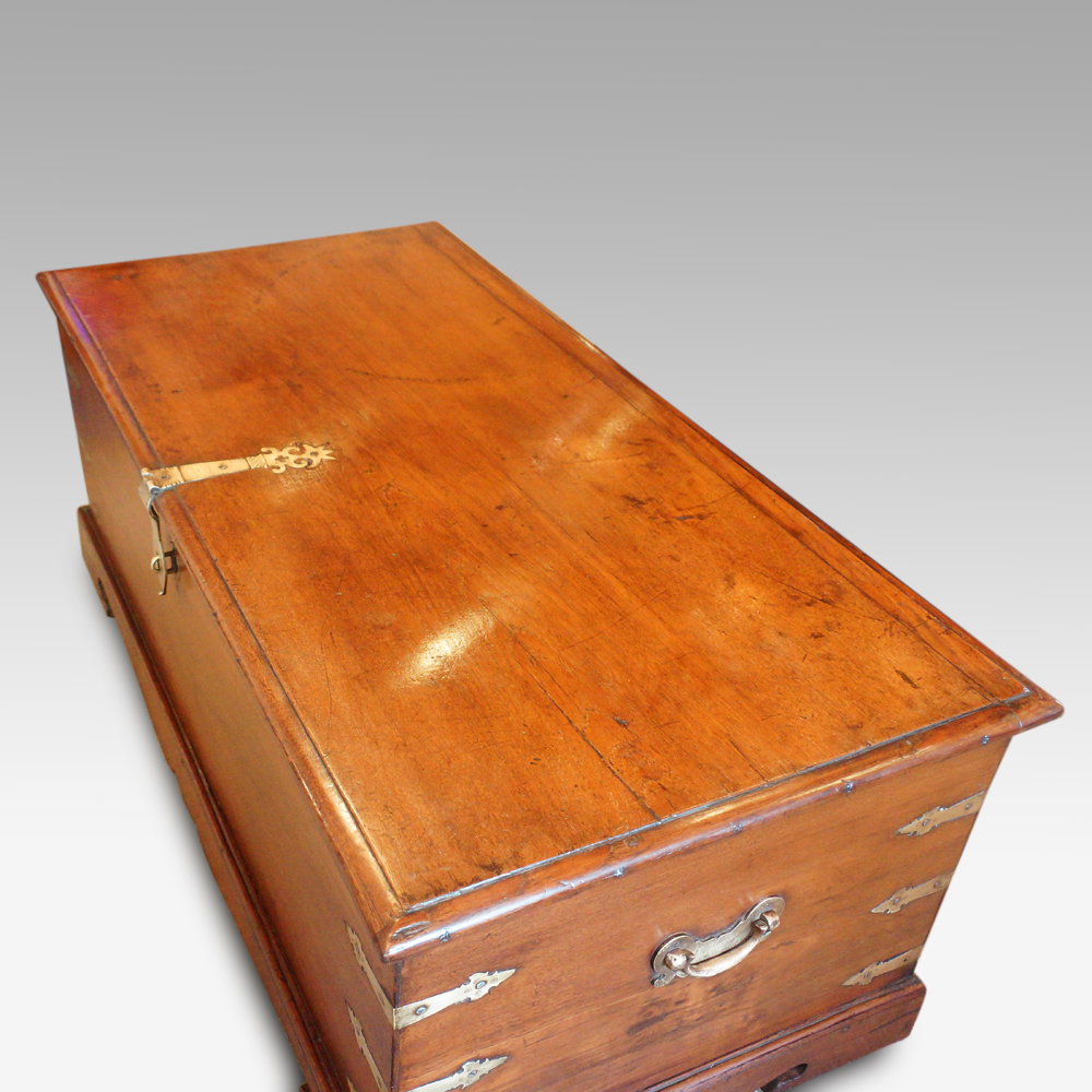 Antique Colonial Teak Precious Item Storage Trunk Top