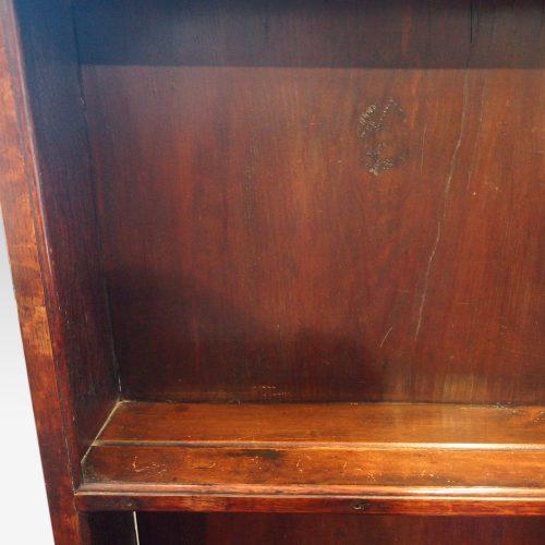 Antique oak cottage dresser wide apron