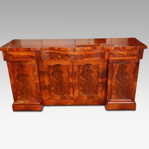 Victorian mahogany 4 door sideboard with flame panels