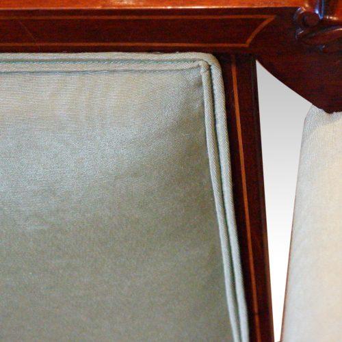 Edwardian inlaid mahogany small settee piping