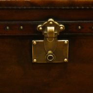 Leather trunk coffee table lock plate