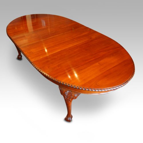 Maple & co mahogany extending dining table