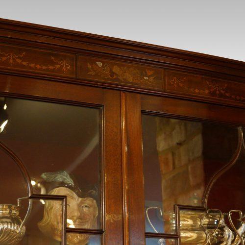 Edwardian inlaid mahogany display cabinet detail top