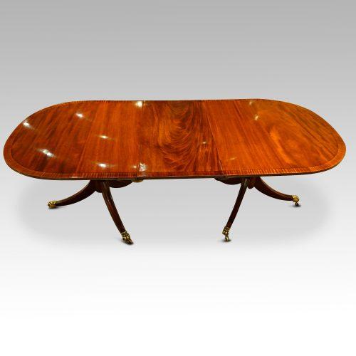Georgian style mahogany twin pillar dining table