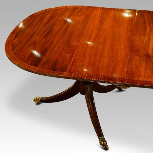 Georgian style mahogany twin pillar dining table end