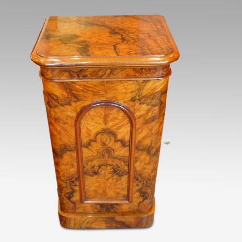 Victorian burr walnut cabinet front